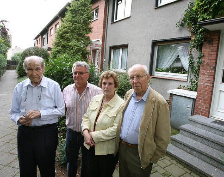 Ludwig Hillesheim, Konrad Richter und Anne und Erich Jeschkowski sind gegen Street View.